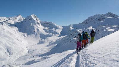 Book Ski School, Lessons and guides