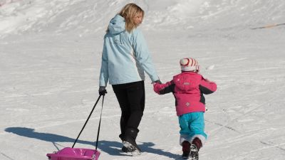 Premiere Neige, Child care in Sainte Foy