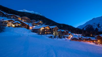 Sainte Foy Resort during nighttime